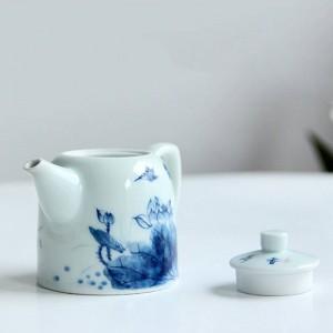 240 ml poignée en porcelaine théière peinte à la main motif de Lotus Kung Fu Ensemble de thé Drinkware Puer Oolong thé bouilloire envoyé ami
