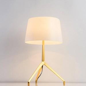 Design de mode nouvelle brève décoration moderne lampe de table table lumière chambre lumière simple maison décoratif lampe de table