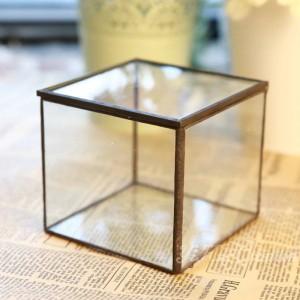 Chambre de fleur en verre Yongsheng Fleur Chambre de fleur en verre géométrique Belle boîte à bijoux en verre cadeau