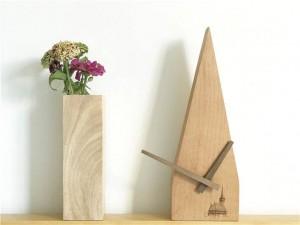 Main Hêtre Créatif Numérisation Deuxième Horloge Silencieuse Journal Mural Horloge En Bois Horloges Murales Design Moderne