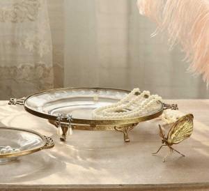 InsFashion superbe plateau à bijoux rond en verre clair avec bordure et pieds dorés pour une décoration intérieure style cour royale vintage