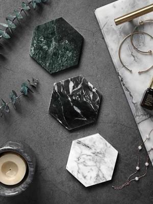 Marble Coaster Isolation de diamant irrégulière Tapis de tasse de café antidérapant Sous-verres européens en marbre naturel