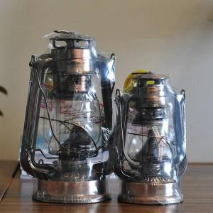 Articles d'ameublement de lampe à huile de bronze de style méditerranéen Lampe ouragan en fer Porte-bougies