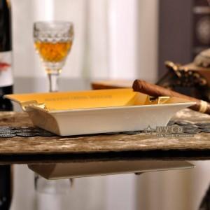 Cendrier de mode en porcelaine, os, carré, contour de conception de cheval en forme de cigare de cigare en forme de cigarette cadeau de décoration