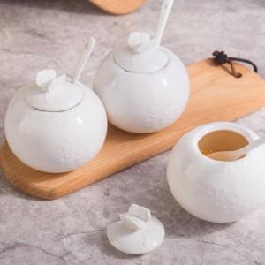 Réservoir de sel en bambou Relief Pot de sucre avec une cuillère de couverture Pot d'assaisonnement en céramique pour poivre Assortiment de vaisselle de cuisine Épices et poivrières