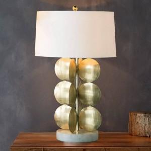 Simple Lampe de table moderne corps doré blanc fabirc abat-jour lampe de bureau Décoration Lampe creative E27 3W led ampoule Nordic Light
