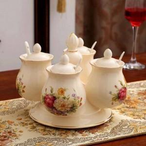 Combinaison de pots à épices Assortiments de poivrons en céramique et de poivrons en rotation