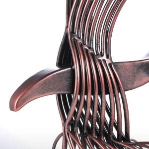 Eagle Irom Sculpture À La Main Fortune Eagle Hawk Statue Bureau À La Maison Décoration Cadeau Figurine Sauvage Décor de Collection Cadeau